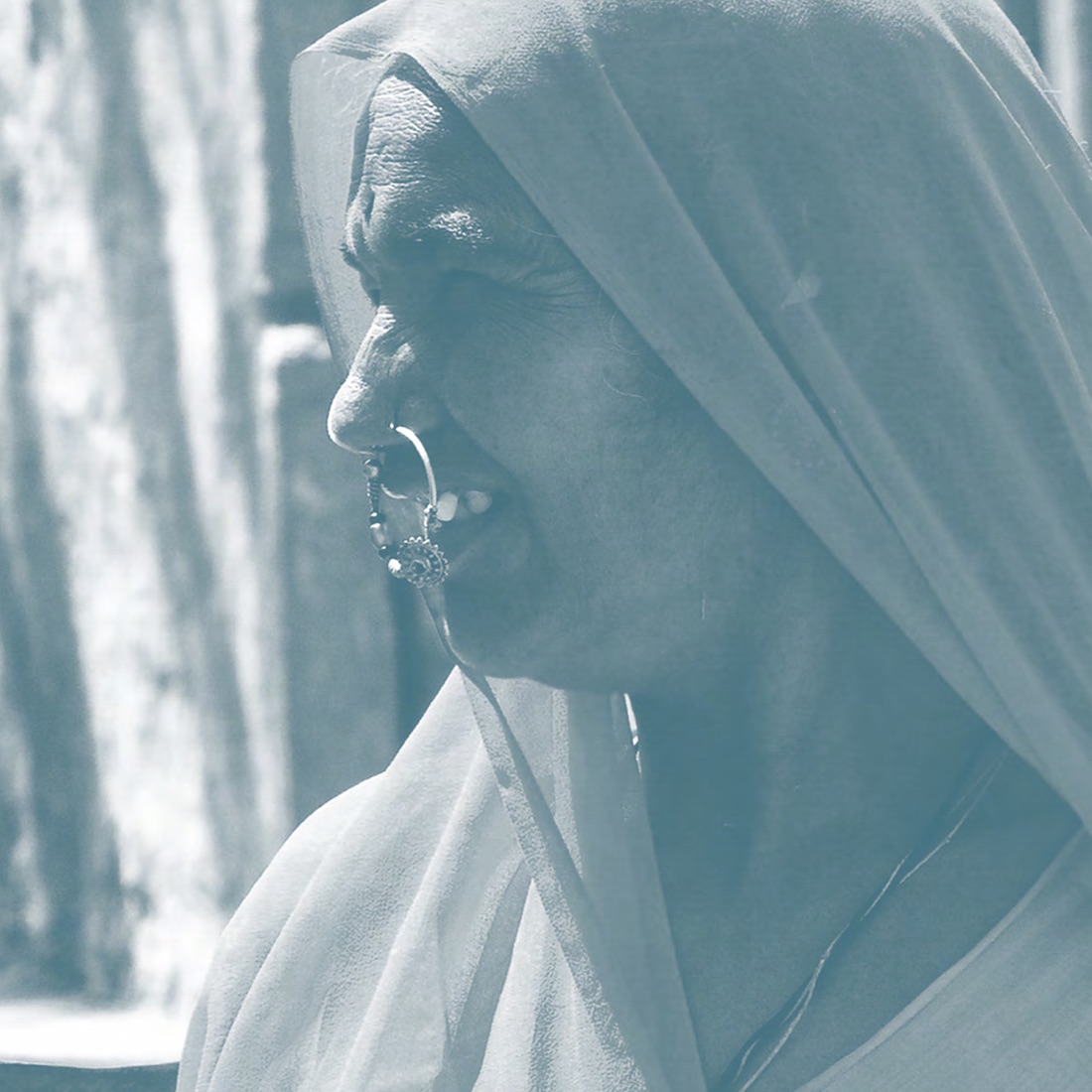 outil-pedagogique-decortiquons-nous-illustration-femme-indienne-de-profil